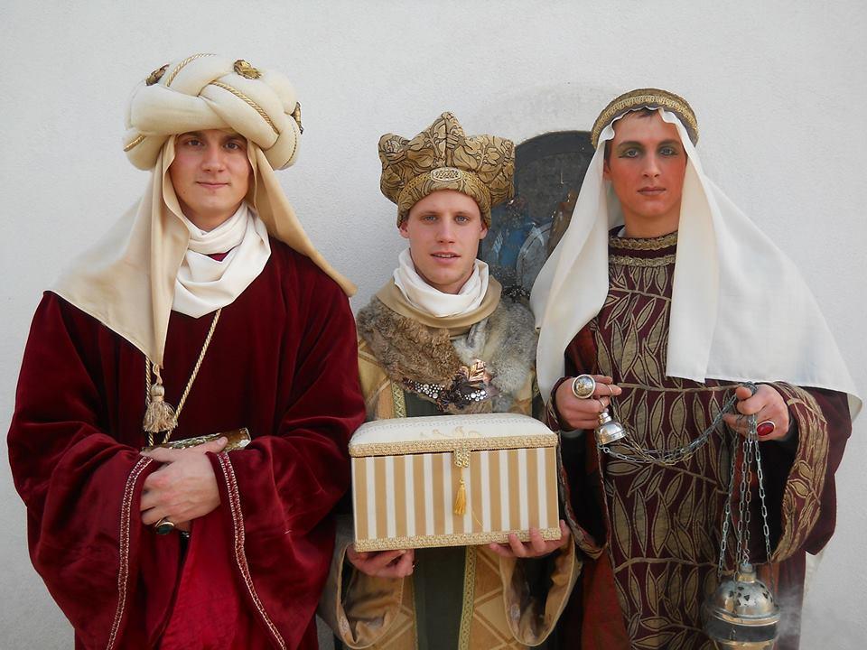 Koledovanje Svetih treh kraljev